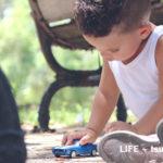 おもちゃの与えすぎで子供の将来が変わる?トレド大学の研究から知る創造力を養う為のポイント。